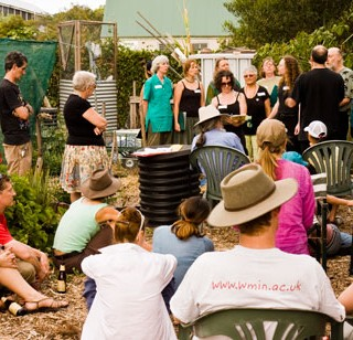 Xmas comes in with a song at Randwick community garden