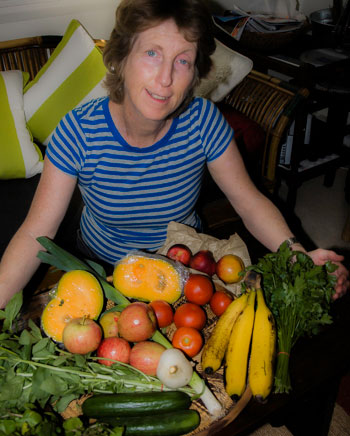 Inspired by food advocate, ex-dairy farmer and CEO of the CSA, Brisbane Food Connect, Robert Pekin, Sydney Food Connect provided weekly boxes of fresh foods from Sydney region farmers.
